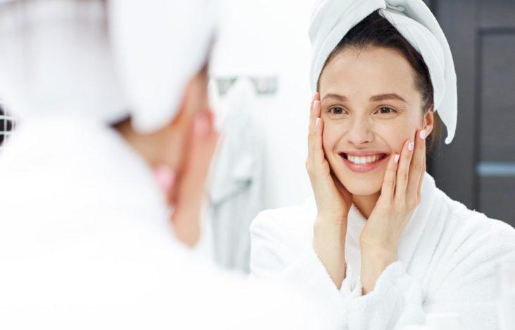 Hydrafacial comme traitement contre l'acné